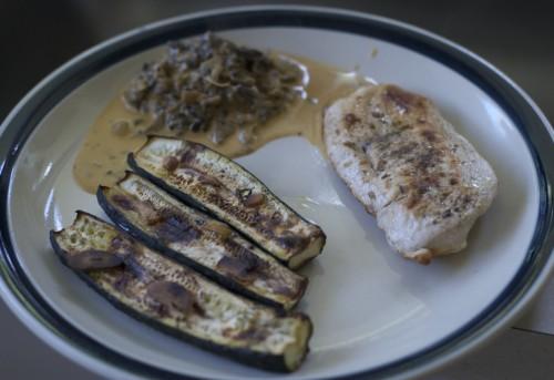 Gasztro – csirke grillezett cukkinivel