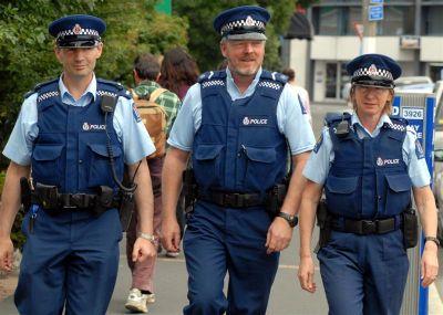 aos-policemen