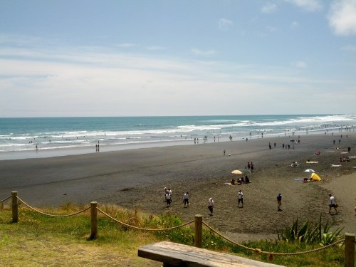 surf-muriwai